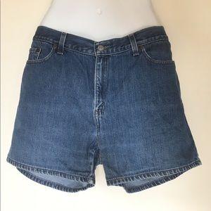 Levi's Women's Blue Denim Shorts - Size 10